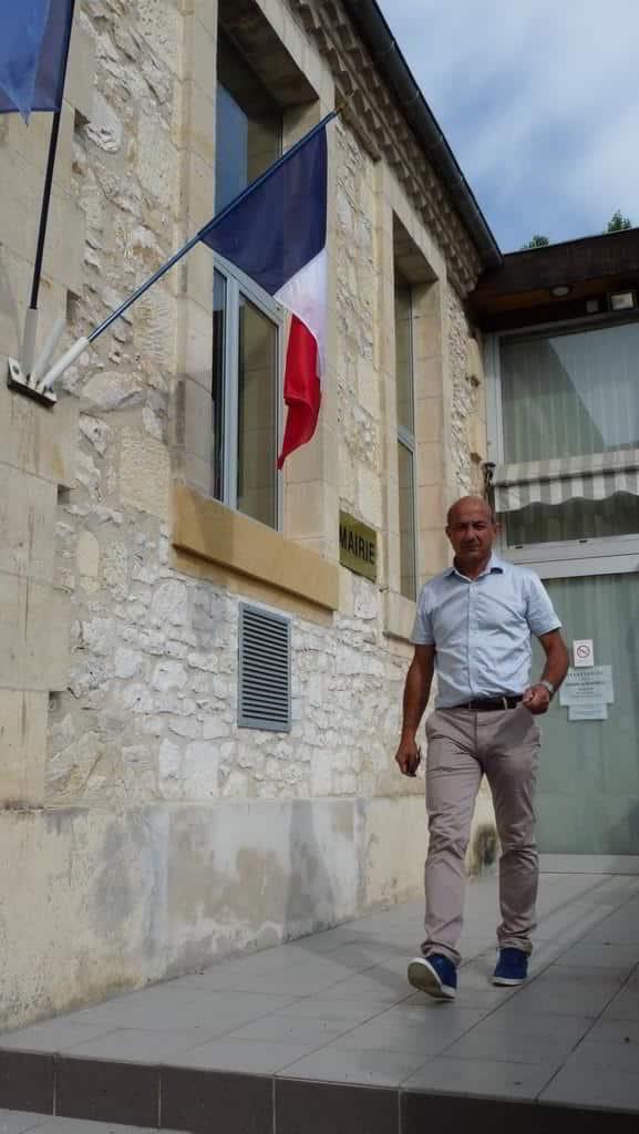 Mairie, et André Cots Maire de Ferrensac